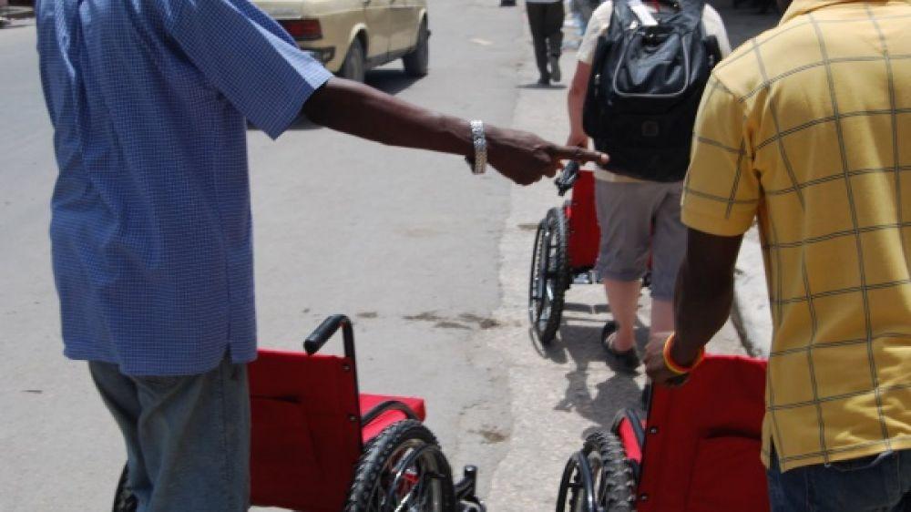 """Résultat de recherche d'images pour """"enfant handicap ecole"""""""